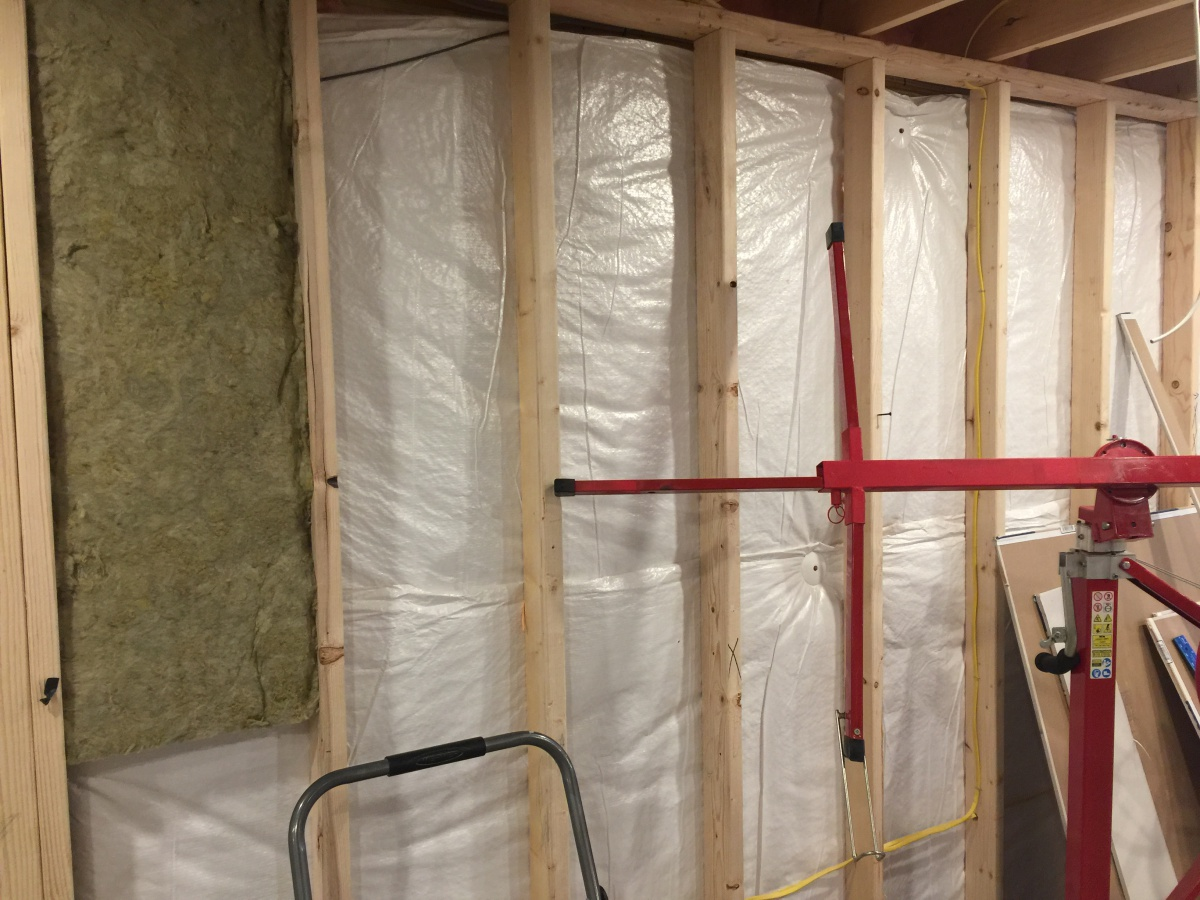 Basement blanket insulation framing insulation diy for Basement blanket insulation