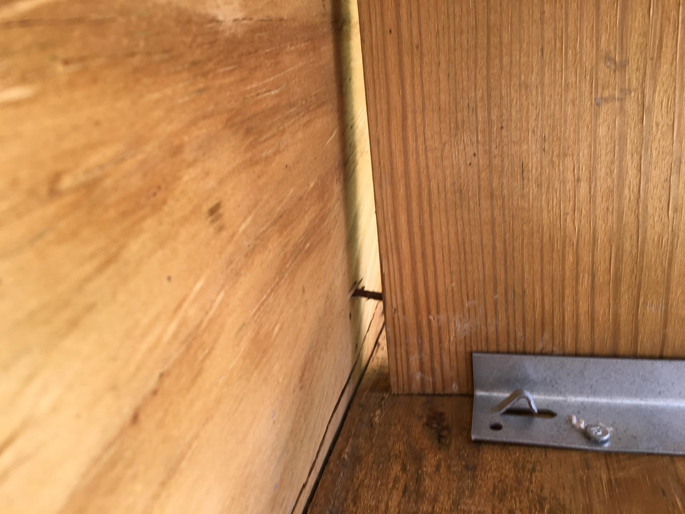 Is deck safe? Violations? Pt. 1-img_9611.jpg