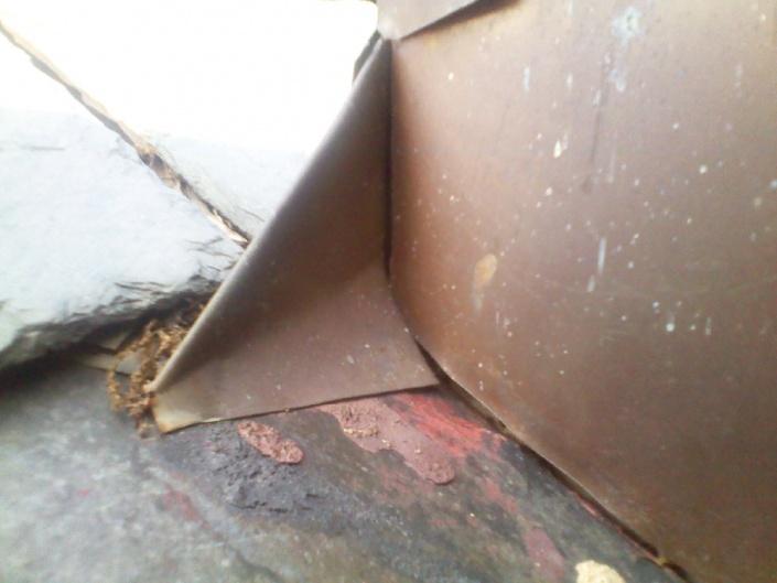 roof leak-incorrect-tinner-wing-4-.jpg