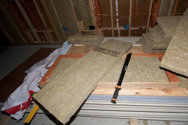 Cutting roxul insulation diy chatroom home improvement for What is roxul insulation