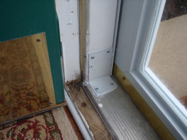 Rotten door jamb and king/jack studs-jamb.jpg