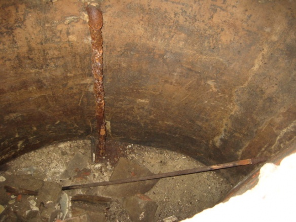 cistern for landscape water-july-2009-084.jpg