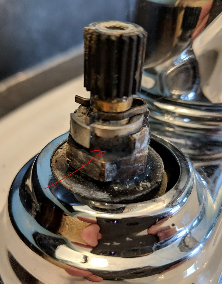 This is why I hate doing my own plumbing - help me remove this 2 handle Kohler faucet-k3.jpg