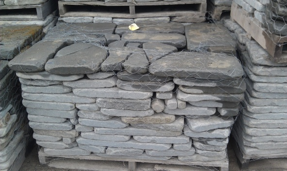 Are Pennsylvania Bluestone Pavers Suitable for a Residential Driveway?-kgrhqv-nue-w5o-kywbps-b3f-tq-60_57.jpg