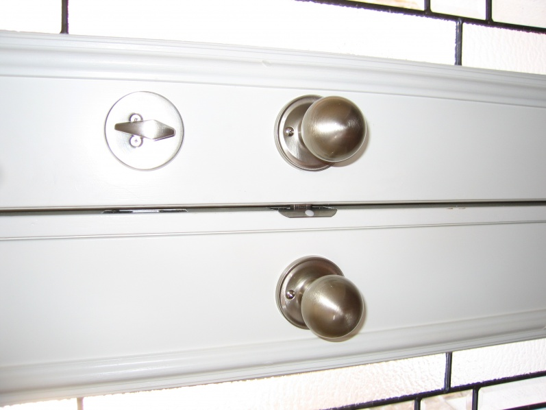 wrong door opens with double front entry-kingfisheraug14-021.jpg