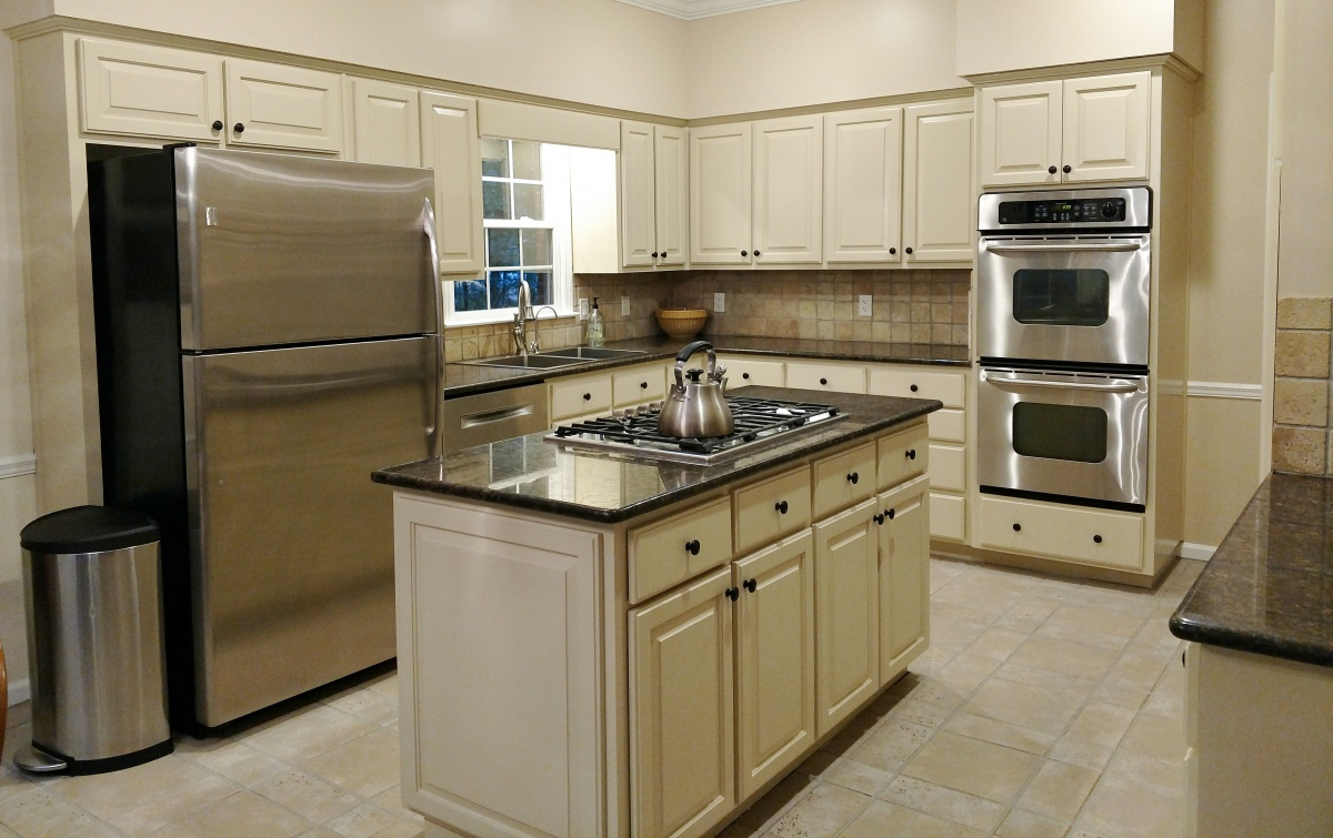 Restaining Oak Cabinets And Trim - Painting - DIY Chatroom ...