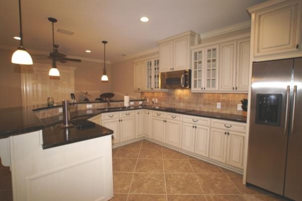 Crown Molding in the Kitchen-kitchen-4.jpg