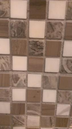 Laminate floor color? Help!-kitchen-backsplash-closeup.jpg