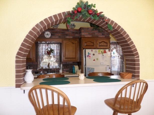 Kitchen Cabinet Suggestions + General Kitchen Suggestions-kitchen-old1.jpg