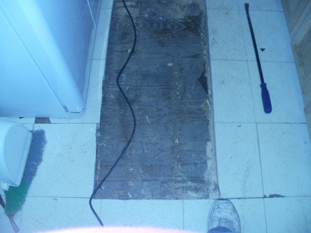 Layers under my kitchen floor-kitchen-subfloor-layer-3.jpg