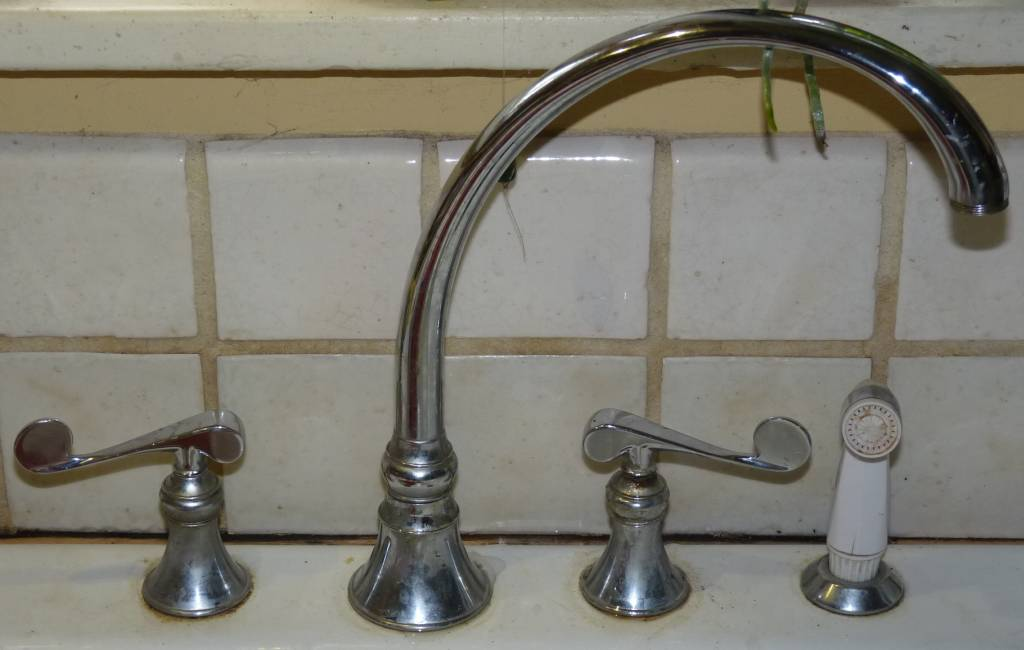 Two handle kitchen Faucet invisible screw: Leaking Faucet-kitchenfaucets.jpg