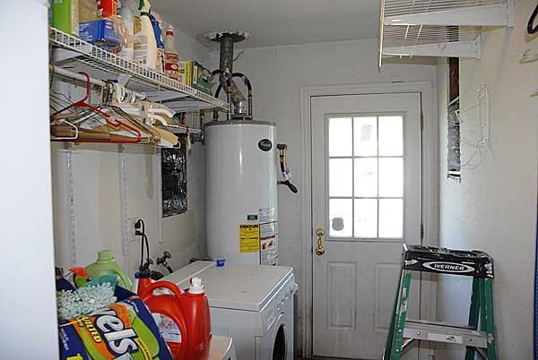 Service Entrance Main Breaker Revamp-laundry-room.jpg