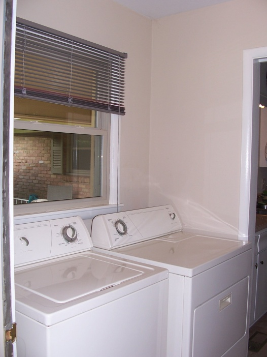Simpler way to connect dryer?-laundry-room.jpg