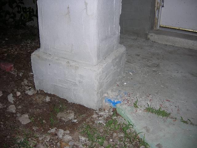 Veneer columns for my front awning-left-column-base.jpg