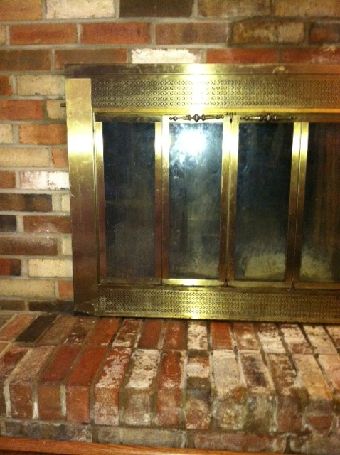 Help needed for leaking fireplace-left-side-bricks.jpg