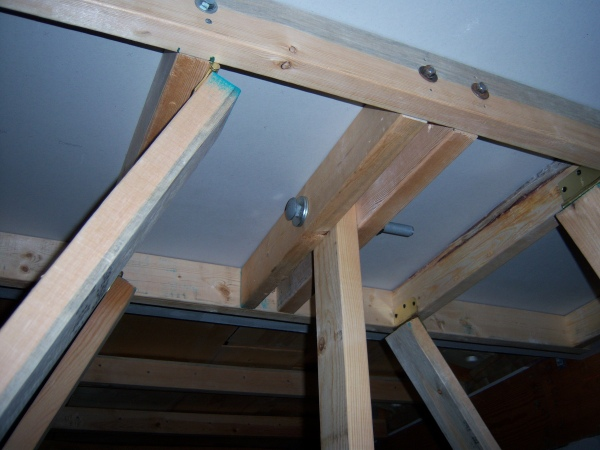 can you build your own drywall lift?....done!-lift-support.jpg