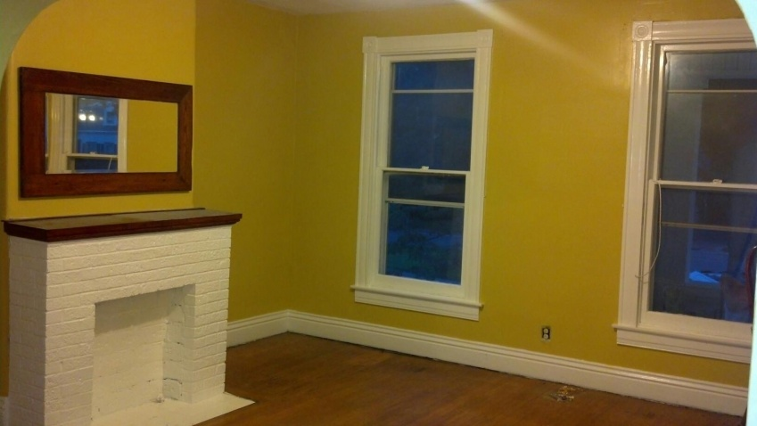 Replace original windows myself?-livingroom.jpg