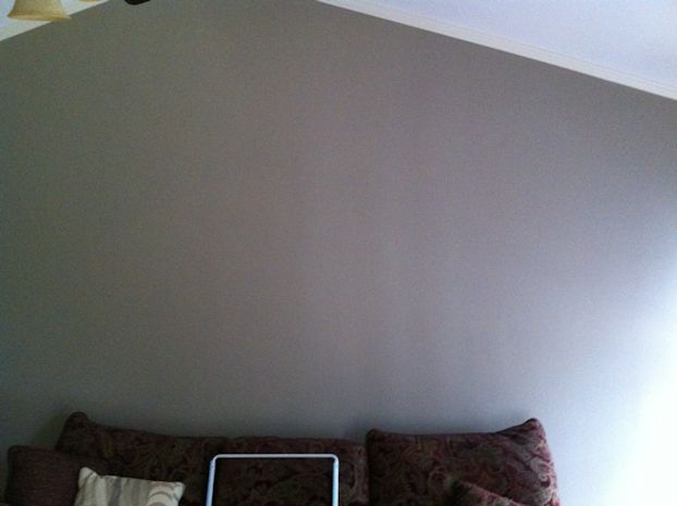 Drywall Issues-livroomwall112011c.jpg