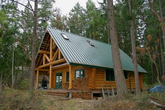 Gulf Island Building.-log-cabin-1.jpg