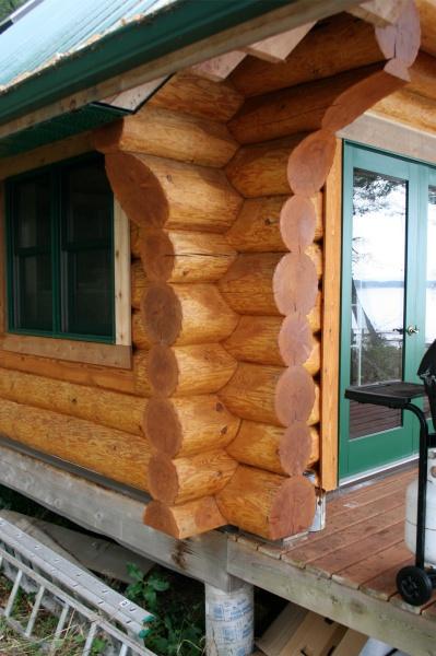 Gulf Island Building.-log-cabin-2.jpg