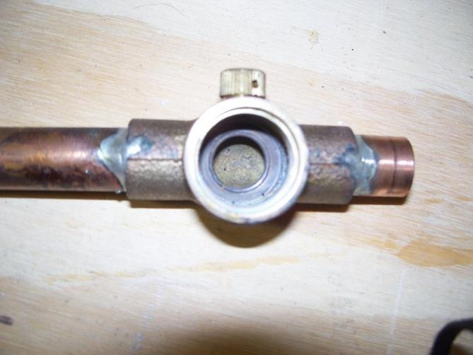 Shut off valve for outdoor spigot-look-.jpg