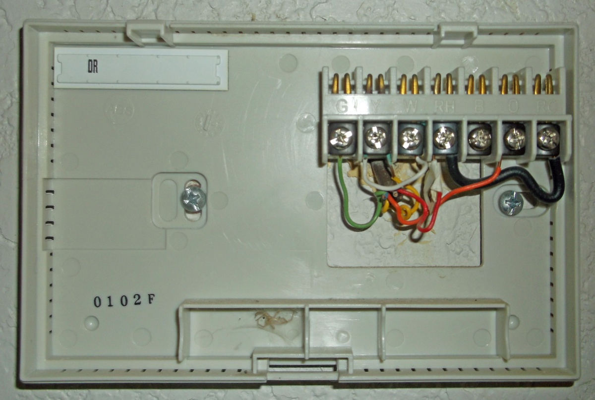 upm programmable thermostat manual