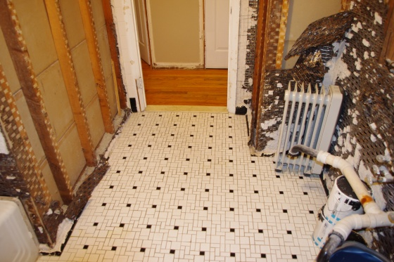 Tiling over mosaic (1954) with electric radiant heat?-main-bathroom-7.jpg