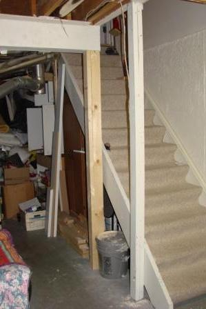 support post at base of basement stairs-march-30-2011-dogs-021.jpg