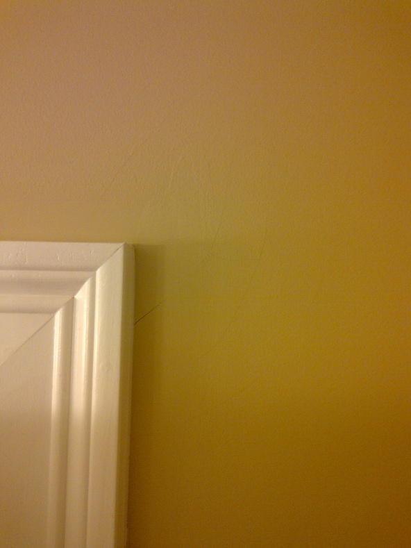 Strange drywall crack pattern-master-bath-inside.jpg