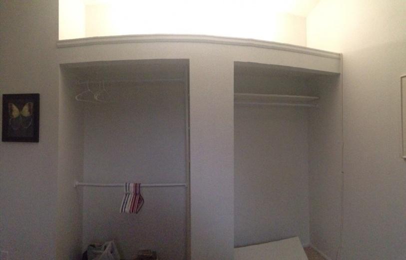 Help with really odd closet doors!-master-closet.jpg