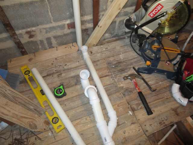 Double shower drain vent question.-masterbath044copy.jpg