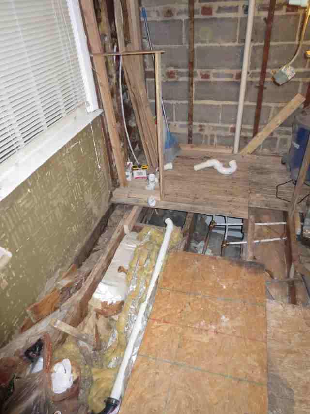 Double shower drain vent question.-masterbath045-004copy.jpg