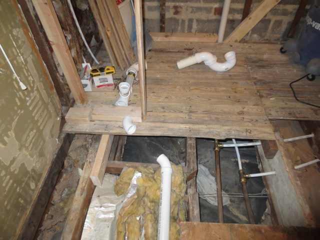 Double shower drain vent question.-masterbath045-005copy.jpg