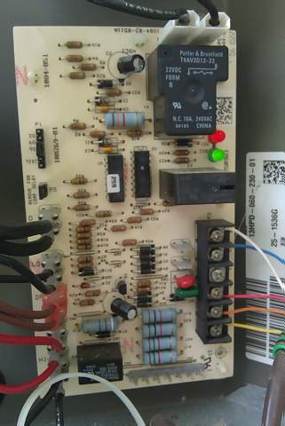 Condeser Fan Motor: 3 wire to 4 wire (pics provided) Help!!-may-15-2010-045.jpg