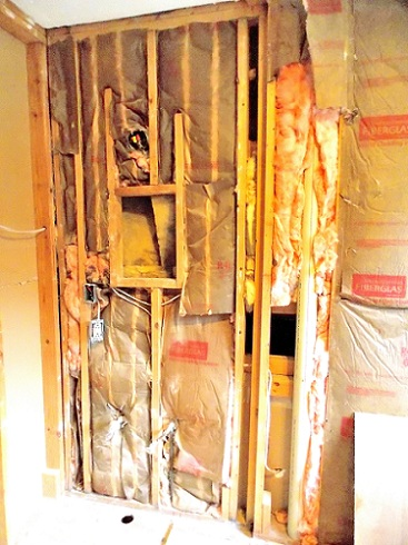 Re-studding a load-bearing wall-medicine-cabinet-corner.jpg
