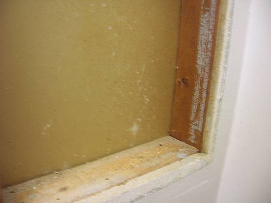 Is my approach to removing these medicine cabinets right? (pic)-medicine-cabinet-holes-corner.jpg