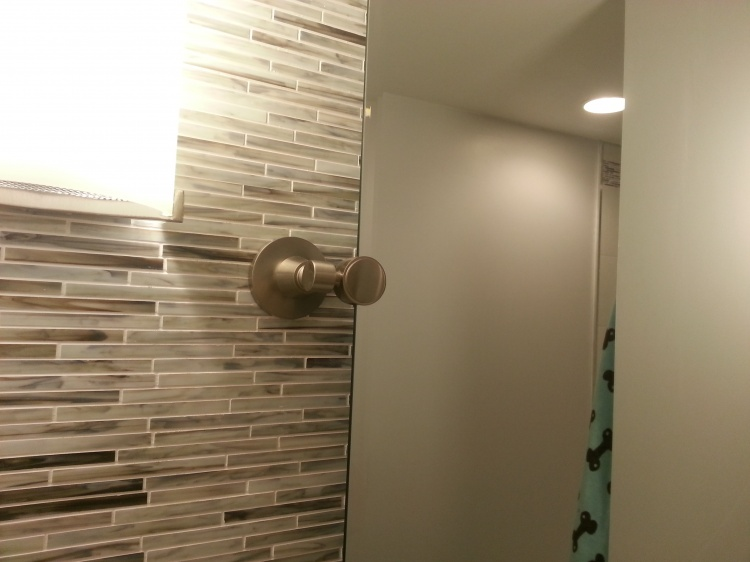 First Time Reno Attempt ...Venting-mirror-hinge.jpg
