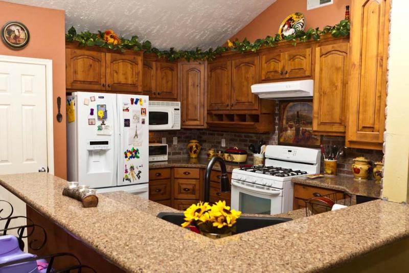 Installing Prefab Kitchen Cabinets Mth_8933