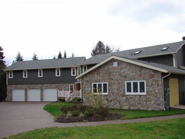 Expanding Garage INTO house (goodbye Den)-n698789993_435402_8092.jpg