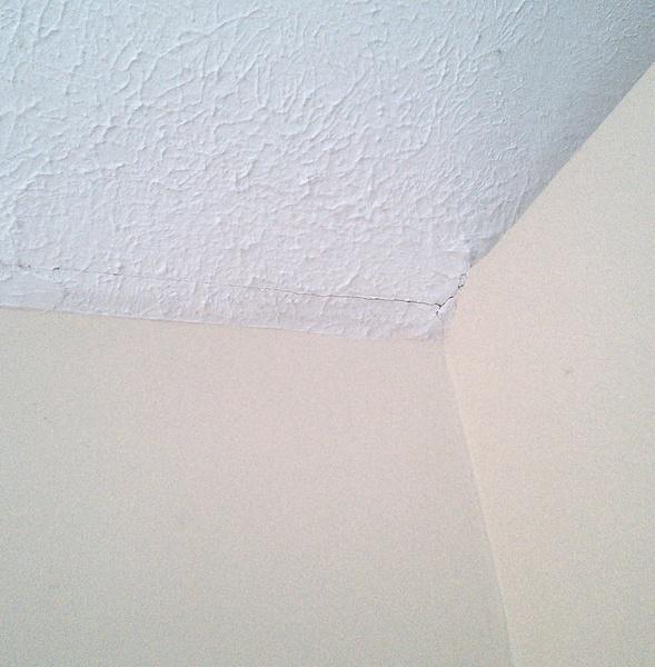 Help...complicated drywall repair-near_closet.jpg