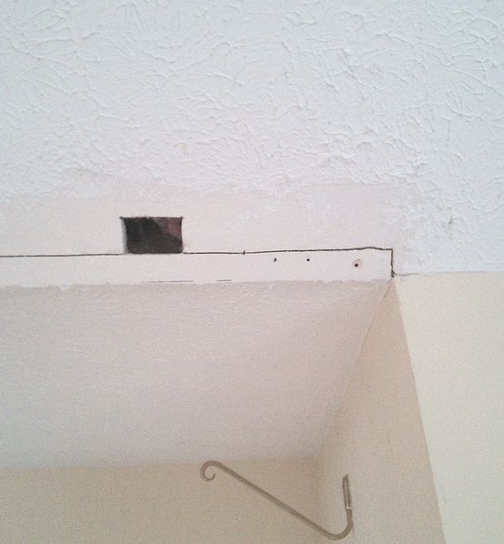Help...complicated drywall repair-near_door.jpg