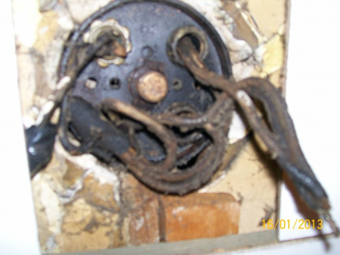 Old electrical ceiling wiring-new-pics-002.jpg