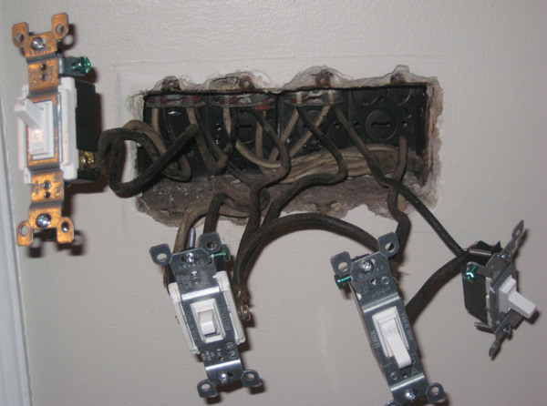 HELP - wiring a 4 gang switch panel-old-switches.jpg