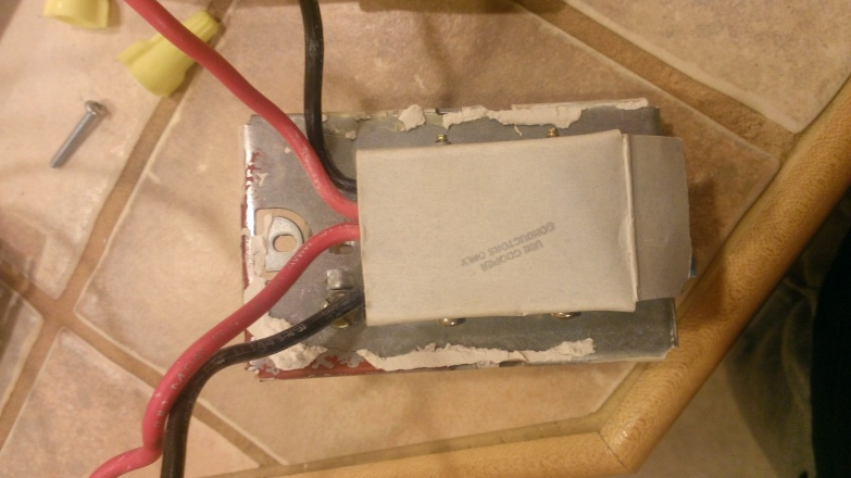 Help with thermostat replacement on hydronic system-old-thermostat-1.jpg