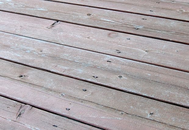 Refinishing / Repairing Deck: Screws vs. Nails?-old_deck1.jpg