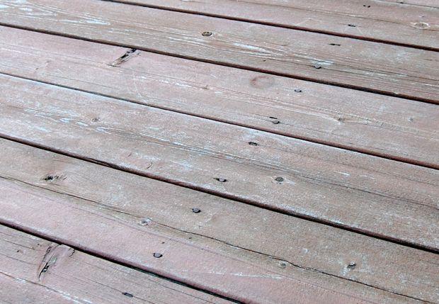 Refinishing / Repairing Deck: Screws vs. Nails?-old_deck1.jpg