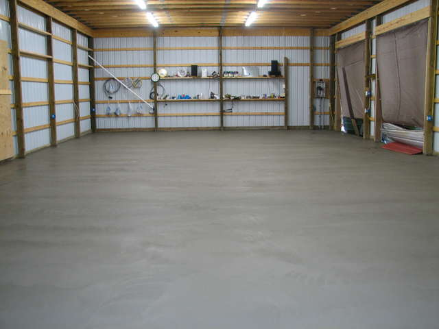 Concrete Slab Pour - 35 Yards-oldbarncement3.jpg