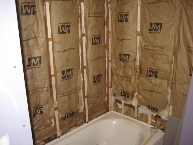 Tiling bath surround-ooox25-011.jpg