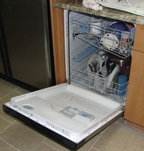 can't open dishwasher door fully after re-install-open.jpg