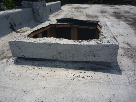 installing new skylight w/curb on top of old and bigger curb-opening_close_up.jpg